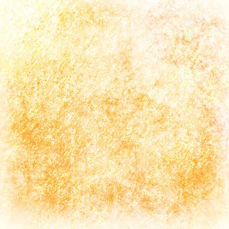 textuur: vervaagde gele gouden achtergrond, oude verontruste vintage textuur ontwerp met zachte witte rand en witte grunge textuur, oud perkament of document Stockfoto