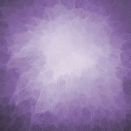 光のパステル調の紫の色のセンターと暗い枠線を持つパープル バック グラウンド テクスチャーを抽象化します。