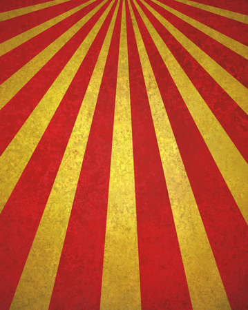 抽象的な背景の赤い金サンバースト、レトロ ビンテージ スタイル サンビームやテクスチャと斜線パターン設計の光線