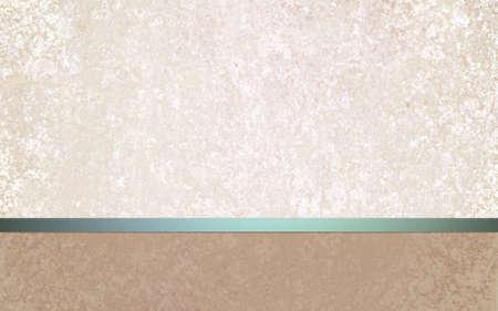 card background: elegante bianco progettazione del layout di sfondo off con struttura pergamena vintage, verde acqua blu lucido nastro verde e vuoto footer marrone