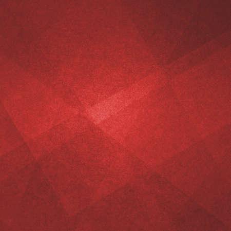 abstracte rode achtergrond, driehoeken en hoekige vormen gelaagd met textuurontwerp, moderne kunststijl geometrische achtergrond Stockfoto