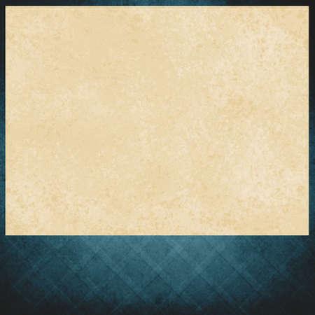 fond de texte: papier vintage blanc sur fond bleu, élégant motif en croix criss de bleu délavé, texture vieux en détresse, l'espace de pied de page vierge pour l'annonce ou le titre