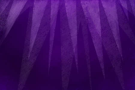 elegant purple background with modern white triangle layers on top border with texture in geometric background design Standard-Bild - 113497559