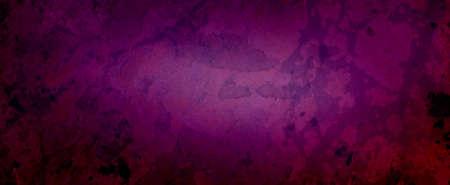 Eleganckie ciemnofioletowe różowe tło z marmurkową teksturą vintage w starym fantazyjnym projekcie tła