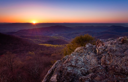 Sunset over the Appalachian Mountains from Bearfence Mountain, in Shenandoah National Park, Virginia Stock Photo - 18972137