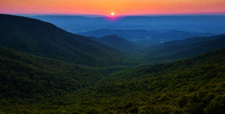 Sunset over the Appalachian Mountains and Shenandoah Valley from Crescent Rock, Shenandoah National Park, Virginia  Stock Photo - 18972027
