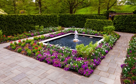 Fountain garden at Longwood Gardens, Pennsylvania. photo