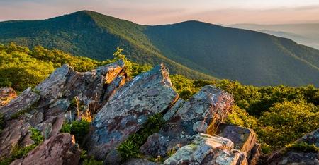 appalachian trail: Evening view toward Hawksbill Summit from Bettys Rock, along the Appalachian Trail in Shenandoah National Park, Virginia.