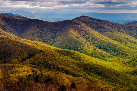 blackrock: View of early spring color in the Blue Ridge, from Blackrock Summit along the Appalachian Trail in Shenandoah National Park, Virginia. Stock Photo