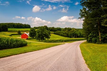 남부 뉴욕 주, 펜실베이니아에있는 국가로 따라 농장. 스톡 콘텐츠
