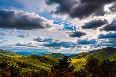 stomy: Dramatic sky over the Blue Ridge Mountains in Shenandoah National Park, Virginia. Stock Photo