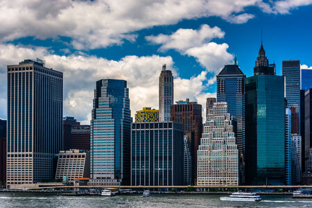 in the heights: View of the Manhattan skyline from Brooklyn Heights, New York. Editorial