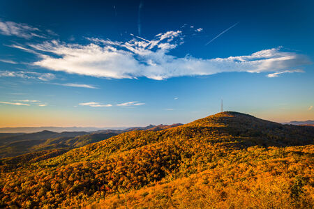 ridge: Autumn morning view from Beacon Heights, along the Blue Ridge Parkway, North Carolina.