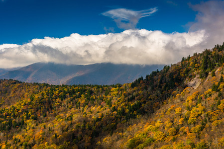 appalachian mountains: View of autumn color in the Appalachian Mountains from the Blue Ridge Parkway north of Asheville, North Carolina. Stock Photo