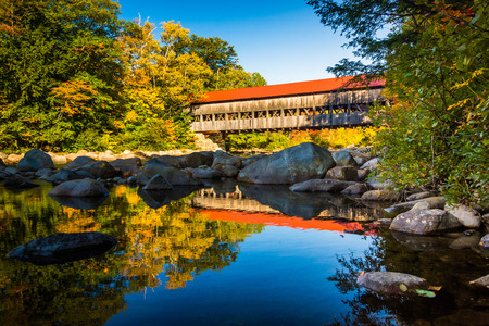 Albany Covered Bridge, along the Kancamagus Highway in White Mountain National Forest, New Hampshire. Stockfoto