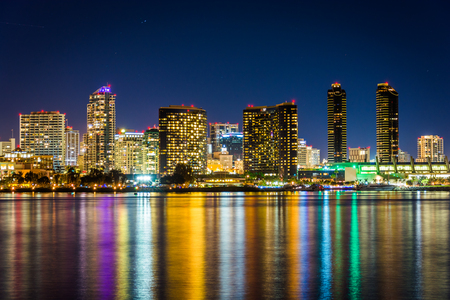 city park skyline: The San Diego skyline at night, seen from Centennial Park, in Coronado, California. Stock Photo