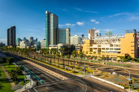 san diego: View of Harbor Drive in San Diego, California. Editorial