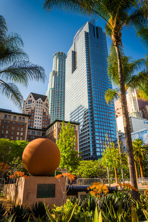 pershing: Palm trees and skyscrapers at Pershing Square, in downtown Los Angeles, California.