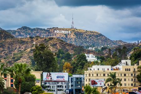 할리우드의 할리우드 사인, 로스 앤젤레스, 캘리포니아의 전망.