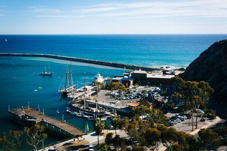 デイナ ポイント, カリフォルニア州でケン ・ サンプソン見落とす公園から港の景色。 写真素材