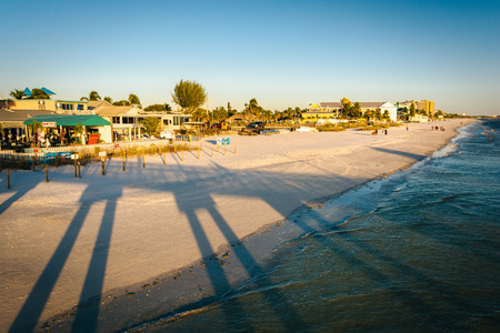 myers: View of the beach from the fishing pier in Fort Myers Beach, Florida. Stock Photo
