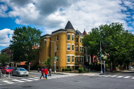 historic buildings: Historic buildings in Columbia Heights, in Washington, DC.