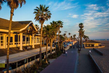 huntington beach: Evening view of the Boardwalk, in Huntington Beach, California. Editorial