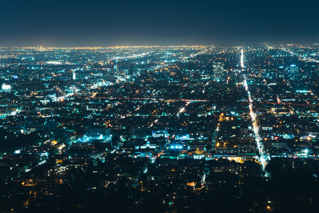 griffith: View of Los Angeles at night, from Griffith Observatory, in Griffith Park, Los Angeles, California.
