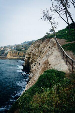 pacific ocean: Cliffs along the Pacific Ocean, in La Jolla, California. Stock Photo