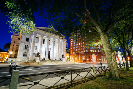haven: Buildings along Elm Street at night, in downtown New Haven, Connecticut. Stock Photo