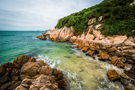 hong kong island: Rocky coast at Shek O Beach, on Hong Kong Island, Hong Kong.