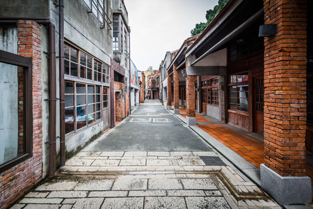 Street at the Bopiliao Historical Block, in the Wanhua District, Taipei, Taiwan. Standard-Bild