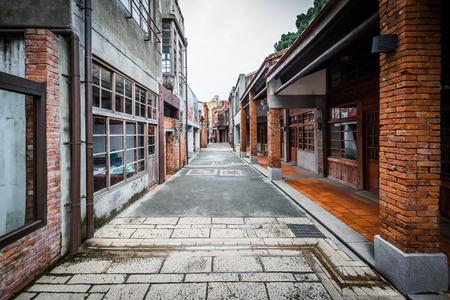 Street at the Bopiliao Historical Block, in the Wanhua District, Taipei, Taiwan. Standard-Bild