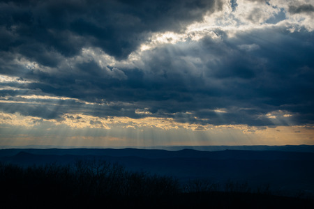 blue ridge: Sun rays over the Blue Ridge Mountains and Shenandoah Valley, from Skyline Drive in Shenandoah National Park, Virginia.