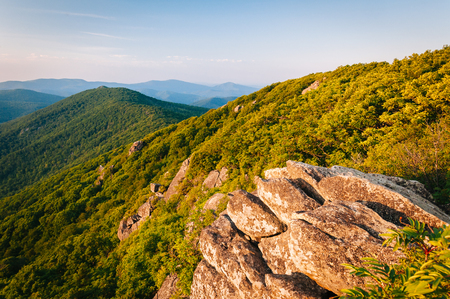blue ridge: View of the Blue Ridge Mountains from the Pinnacle, along the Appalachian Trail in Shenandoah National Park, Virginia