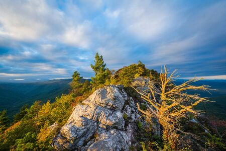 wnc: Evening view of the Blue Ridge Mountains from Table Rock, on the rim of Linville Gorge in Pisgah National Forest, North Carolina.