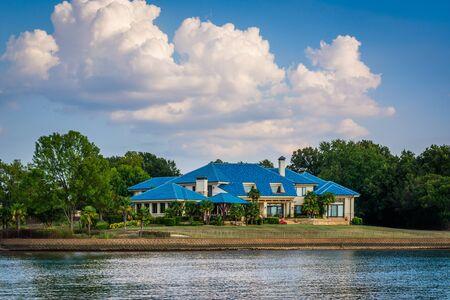 charlotte: House on the shore of Lake Norman, in Cornelius, North Carolina.