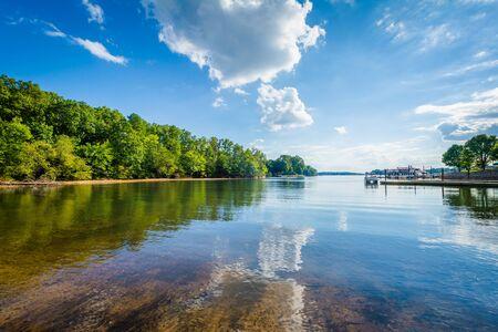 Lake Norman, a McCrary Access Area, a Mooresville, Carolina del Nord.