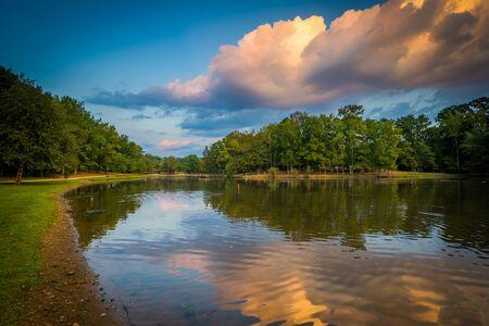 charlotte: Lake at sunset, at Park Road Park, in Charlotte, North Carolina.