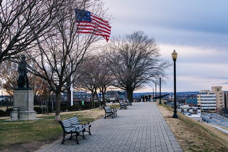maryland flag: Walkway and American flag at Federal Hill Park, in Baltimore, Maryland.