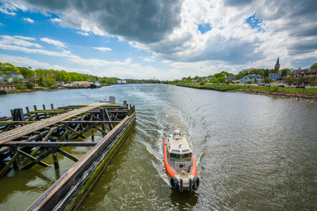 Boat in the Quinnipiac River, in New Haven, Connecticut Stock Photo - 105308149