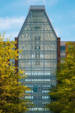 The U.S. Patent and Trademark Office - Madison Building, in Alexandria, Virginia 版權商用圖片 - 116281291