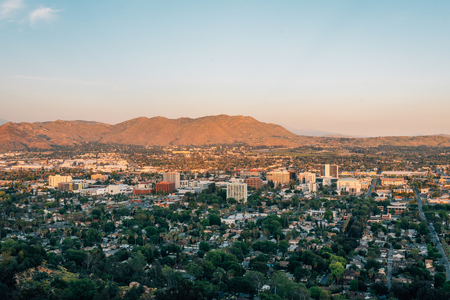 View of downtown Riverside, from Mount Rubidoux in Riverside, California 免版税图像