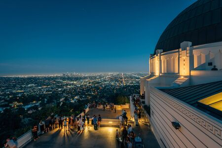 Griffith Observatory at night, in Griffith Park, Los Angeles, California 免版税图像