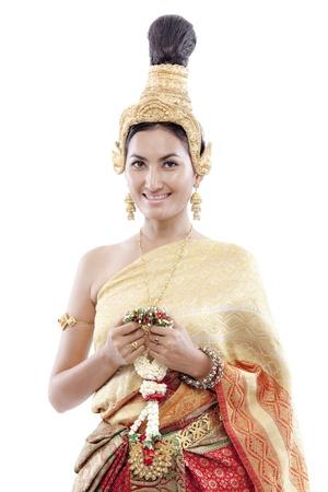 saluta: Close-up della donna thai saluta un costume thai