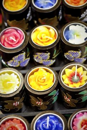 aromatický: Barevné vonné svíčky