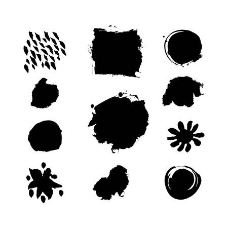 ink splat: Grunge splash vector template set. Frames with space for text. Black and white grunge blob set. Artistic drawn grunge backgrounds. Paint textured brushes. Vector Ink splat set. Grungy spots.