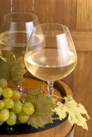 white wine glass photo