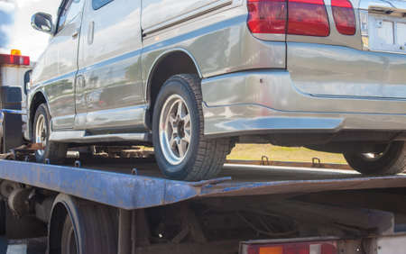 help on road transports wrecker broken miniveins 写真素材