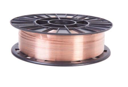 cobre: alambre de cobre sobre una bobina negro aislado